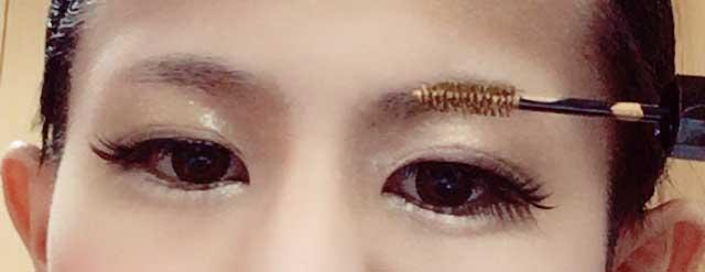 4、眉毛のカラー