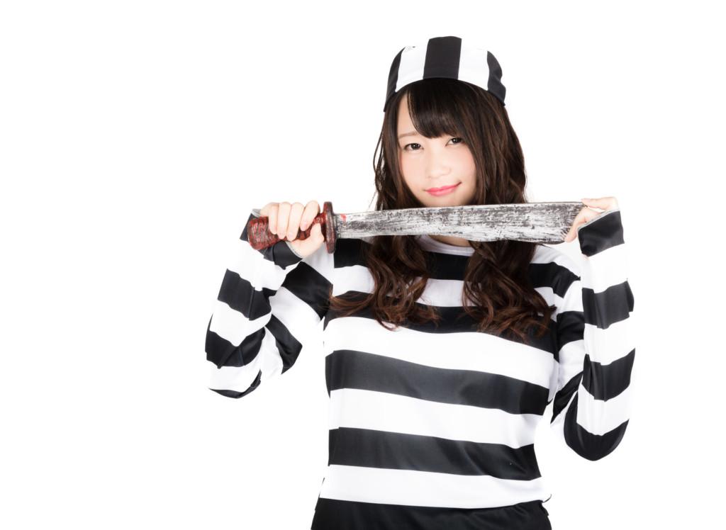 囚人服の女装コスプレ